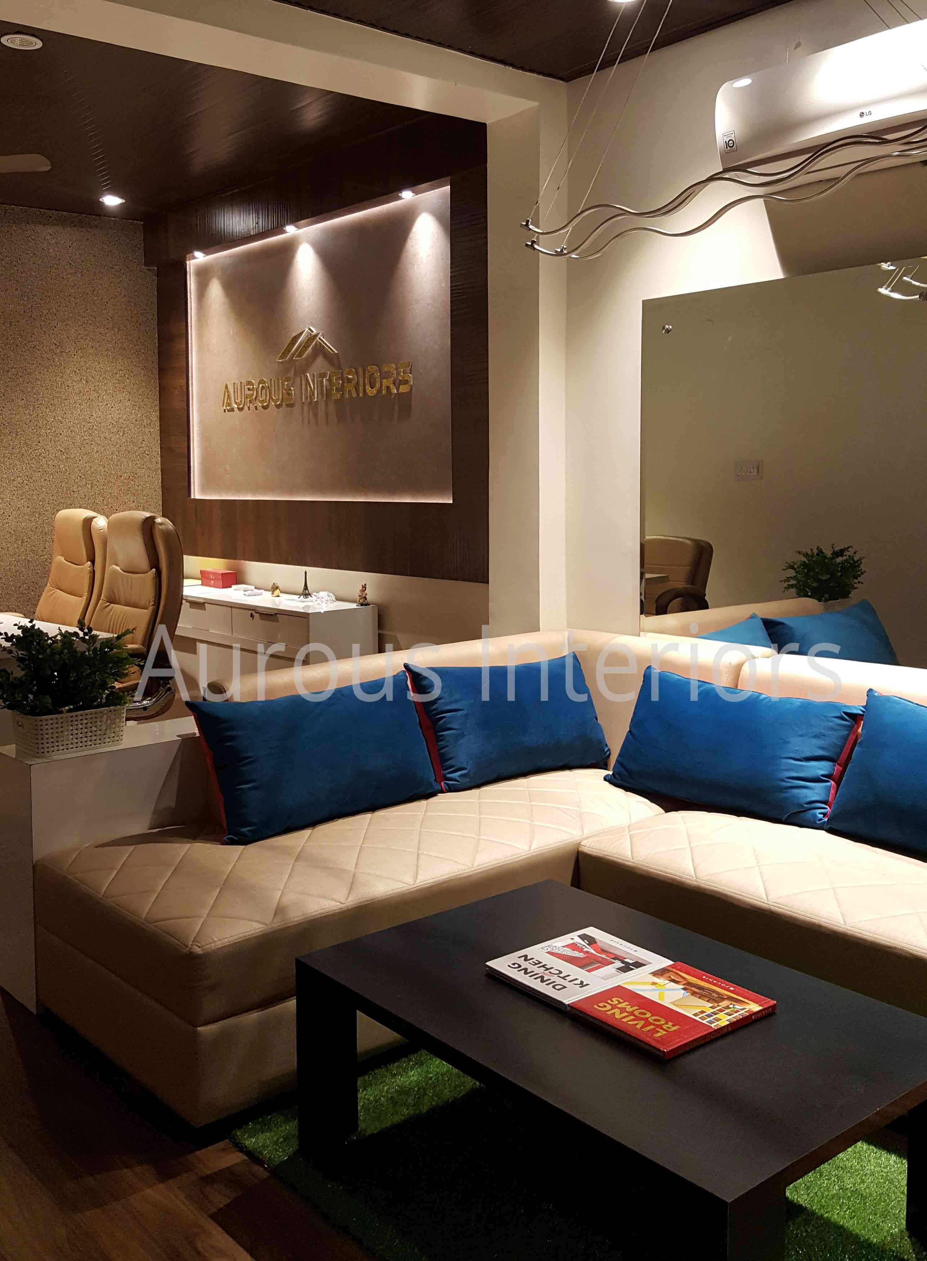 interior designer for boutique in west delhi